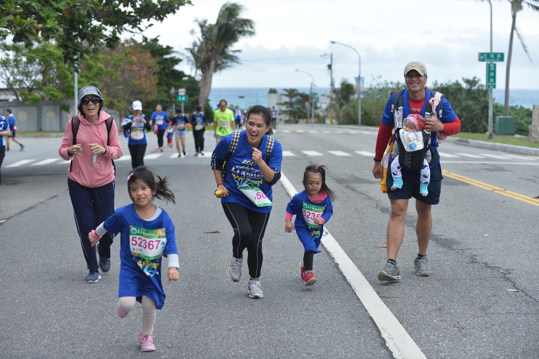 1071212去年馬拉松資料照片_181212_0012.jpg